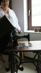 Am. Blouse Nähmaschine 1