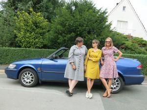 3 Frauen Auto 2