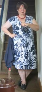 blauweißes Sommerkleid ohne Jacke