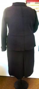 Schwarzes Walkkostüm Rücken