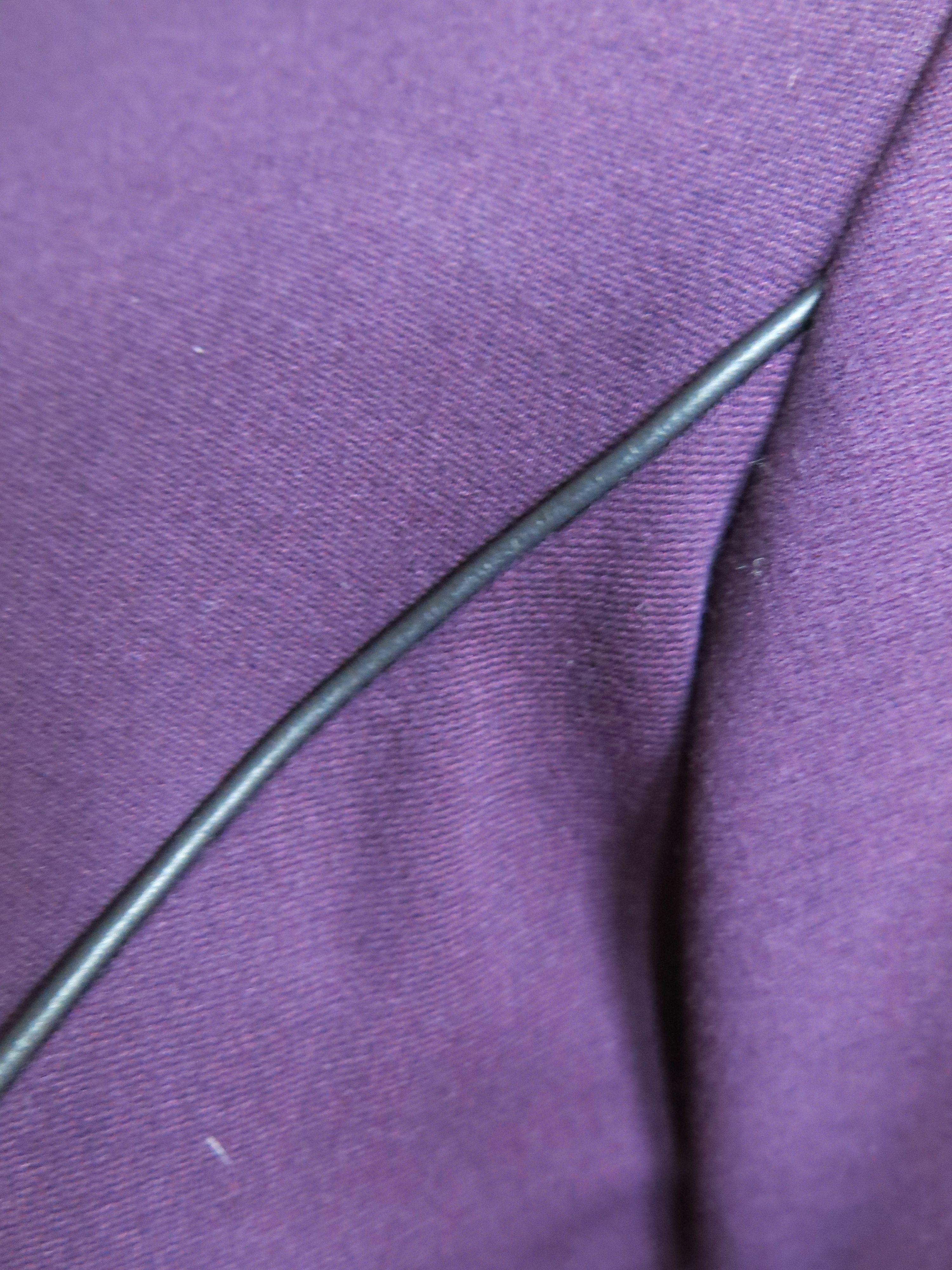 Lila Kleid Detail 3