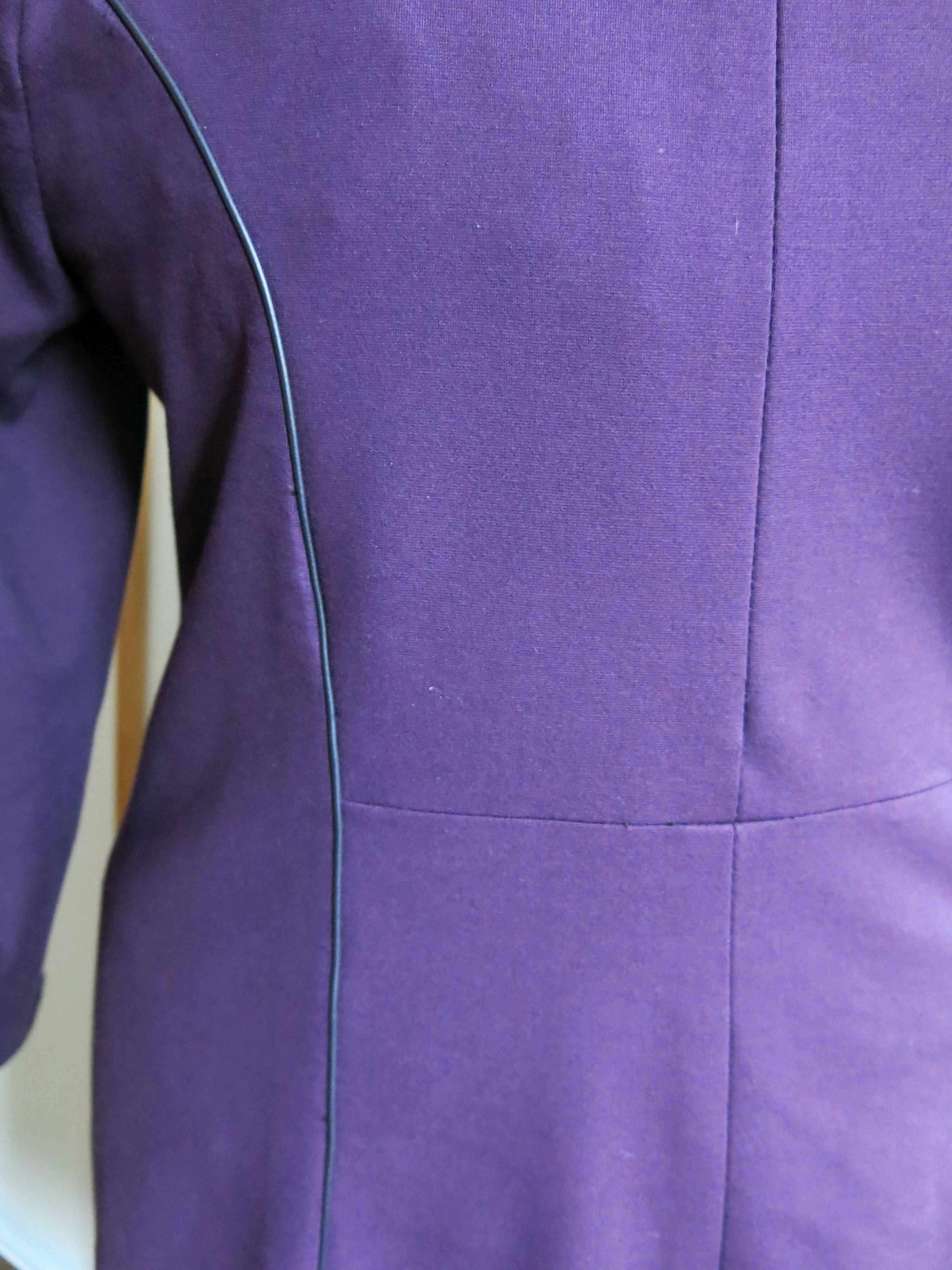 Lila Kleid Detail