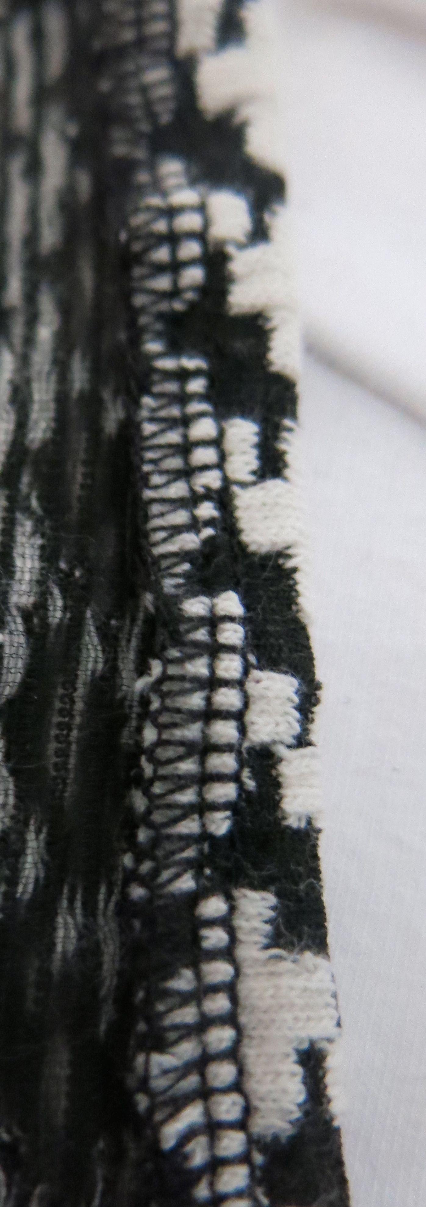 Hahnentrittstrickkleid Saumloesung Detail 2
