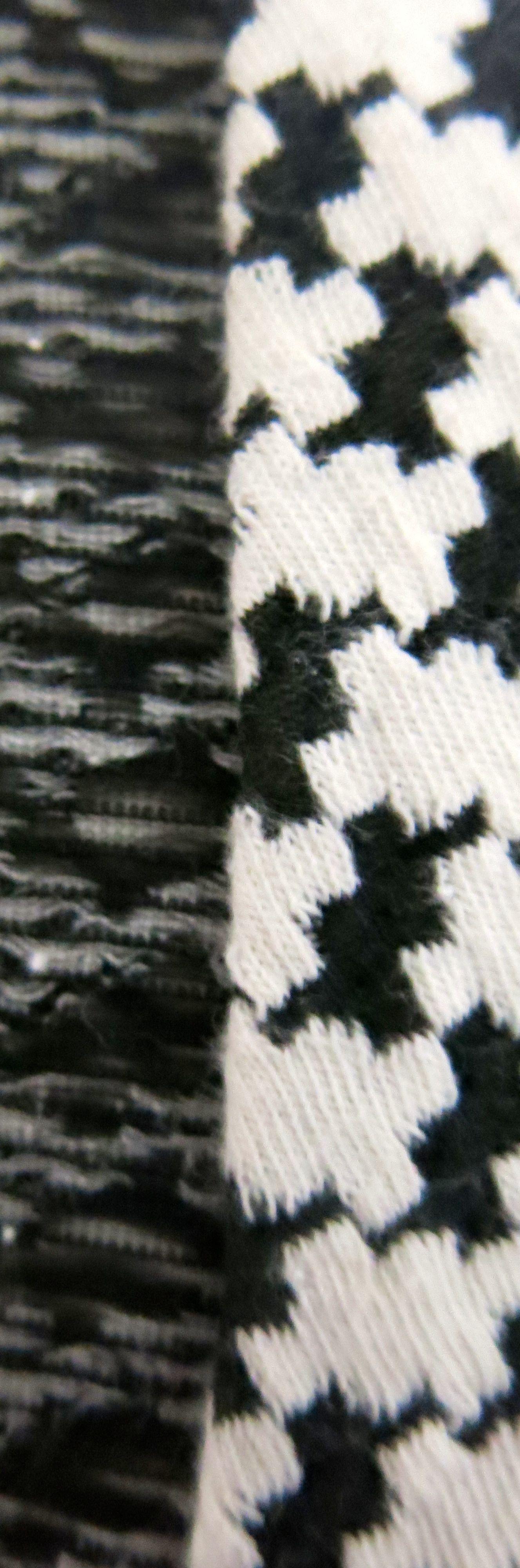 Hahnentrittstrickkleid Saumloesung Detail 3