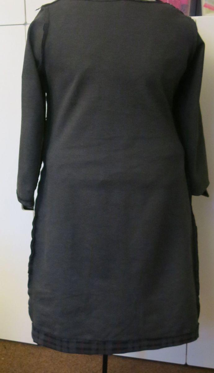 WF Kleid innen hinten