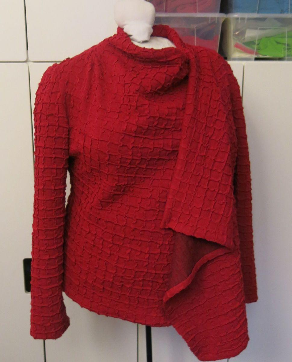 Rote Harper Detail 2