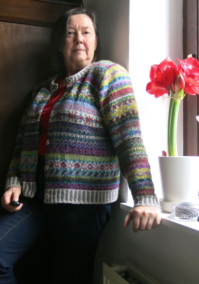 steeks aufschneiden und fertig knit along fair isle orkney jacke 5 mema. Black Bedroom Furniture Sets. Home Design Ideas